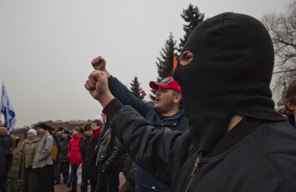 Участники митинга в Петербурге потребовали выборов губернатора осенью 2012