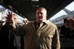 Жириновский не извинялся за угрозы плевать в Пугачеву и вытирать об нее ноги