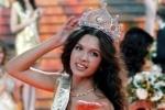 """Девушка из Смоленска победила на конкурсе """"Мисс Россия-2012"""""""