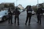 """Телеканалы хотят показать убийства """"тулузского стрелка"""", но Саркози против"""