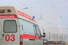 В Москве упал подъемный кран, погиб один человек