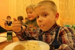 Школьников Петербурга будут кормить как в монастыре