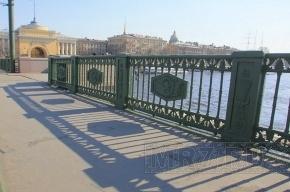 Дворцовый мост сегодня ночью разведут в тестовом режиме