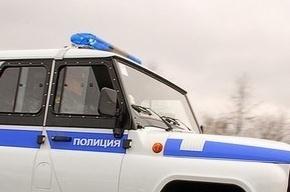 В Московском районе преступники ограбили ювелирный и ранили охранника