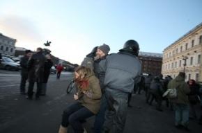 На Исаакиевской площади задержан ведущий видеоинженер БДТ, который просто гулял рядом