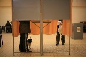 На избирательном участке жительница Петербурга узнала, что она уже умерла