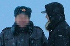 В Казани полицейский, пытавший задержанного бутылкой шампанского, взят под домашний арест