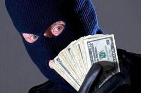 В Петербурге бандиты в поросячьих масках ограбили ювелирный салон «Адамас»