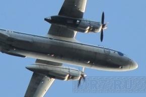 Самолет приземлился в Петербурге с отказавшим двигателем