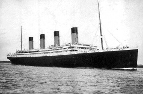 «Титаник» столкнулся с айсбергом из-за влияния Луны