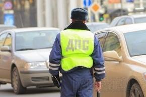 В Москве машина аппарата Госдумы попала в аварию на светофоре