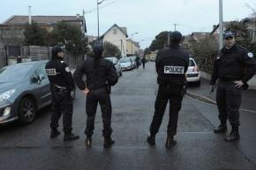 В Тулузе полиция вторые сутки осаждает квартиру Мохаммеда Мера, убившего 7 человек