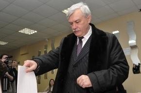 Георгий Полтавченко проголосовал в Петроградском районе