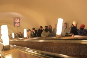 Чиновники надеются, что новые украинские эскалаторы на «Пушкинской» проработают 50 лет