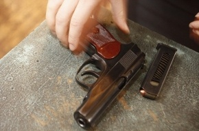 В Петербурге у ларька открыли стрельбу из-за места в очереди