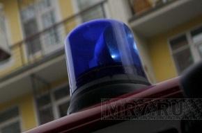 В Петербурге горит судоремонтный завод