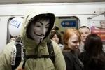 """Оппозиция устроила акцию """"Белое метро"""": Фоторепортаж"""