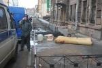 Фоторепортаж: «Гибель рабочего на Невском, 6 апреля»