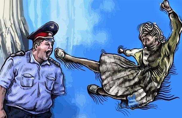 Петербуржцы стали бить полицейских