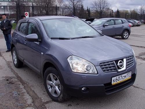 Nissan Qashqai: Фото