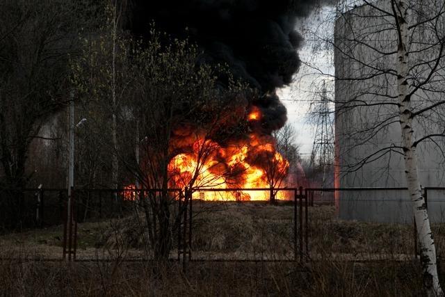 Пожар на Руставели, 27 апреля 2012: Фото