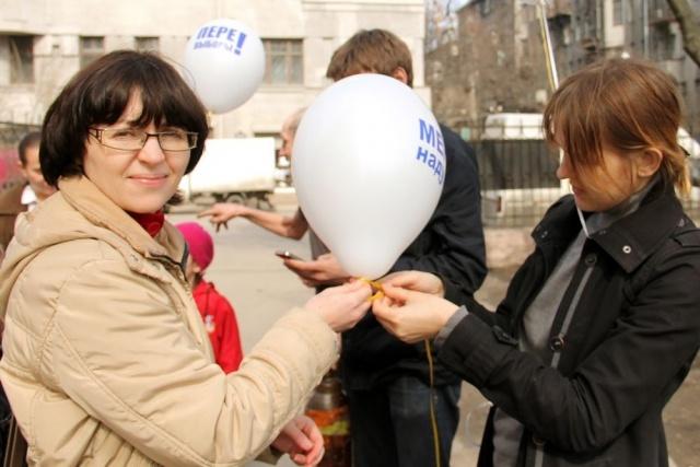 Митинг творческой оппозиции в Некрасовском саду: Фото