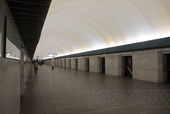 Метро «Василеостровская»: Фото