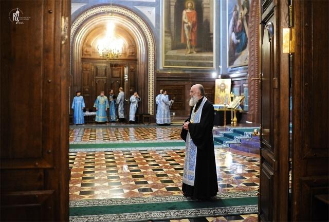 Всенощное бдение в кафедральном соборном Храме Христа Спасителя.: Фото