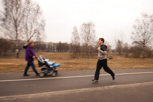 велосипедисты против пешеходов: Фото