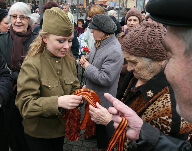 акция георгиевская ленточка: Фото