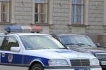 Женщина на Mitsubishi протаранила машину ГИБДД из делегации Медведева