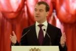 Сын Медведева назвал ЕГЭ «кошмаром», но отец с ним не согласился