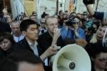 Активист «Наших» решил «переголодать» Олега Шеина в Астрахани