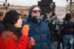 Две сотни человек на Дворцовой запускали мыльные пузыри (Кадры)