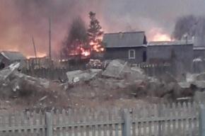 В Амурской области к горящему поселку гонят пожарные поезда