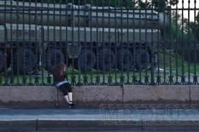 В Петербурге поймали педофила, заплатившего девочке за изнасилование