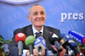 В Абхазии подозреваемые в покушении на президента сводят счеты с жизнью