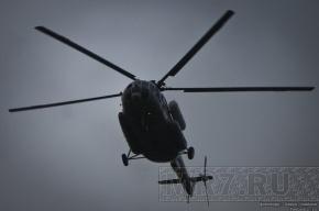 Два человека пострадали при посадке вертолета спасателей