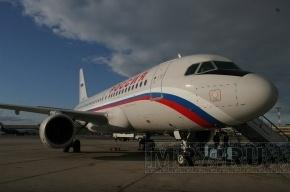 Самолеты в Москву задерживают в Пулково из-за снегопада