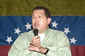 Уго Чавес жив, он лично развеял слухи о своей смерти
