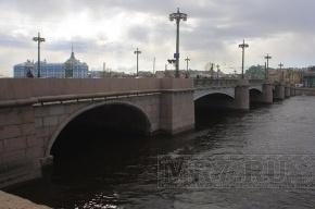 Автобусы будут ходить в объезд Сампсониевского моста до сентября