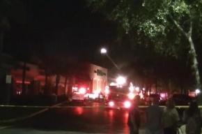 В США самолет врезался в торговый центр, пострадали пять человек