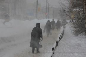 В Петербурге – апрельская метель