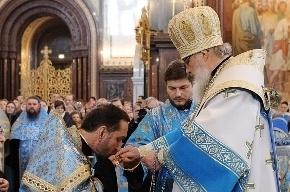 Патриарх Кирилл провел праздничную службу в Благовещенском соборе