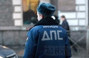 В Петербурге инспектор ДПС промышлял угоном экскаваторов
