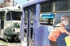 В Днепропетровске после терактов усилены меры безопасности, отменены все массовые мероприятия
