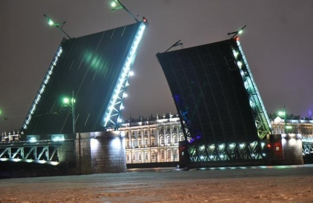 Как и что будут ремонтировать у Дворцового моста