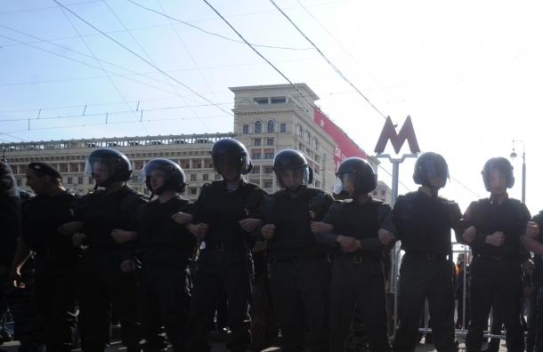 За песни военных лет задерживают в Москве
