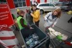 """Фоторепортаж: «Акция """"Гринпис"""" по сбору мусора»"""