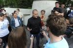 Фоторепортаж: «Акция оппозиции на Чистых прудах в Москве»